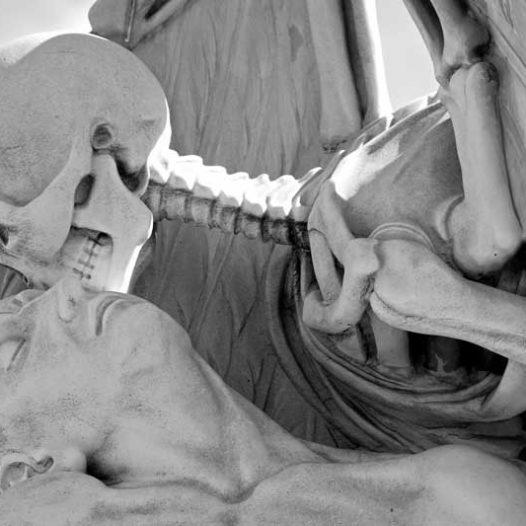 Club de l'Experiència · Visita comentada al cementiri del Poblenou