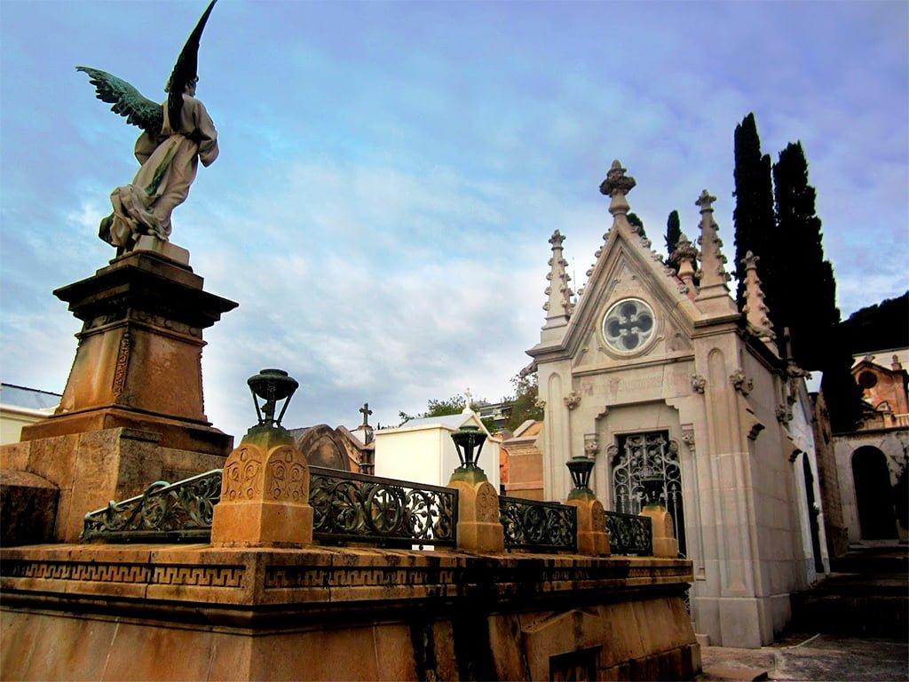 Alumni Ub Cementiri Sant Gervasi
