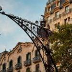 Club de l'Experiència Alumni · L'altra cara del Passeig de Gràcia i visita al Museu del Perfum