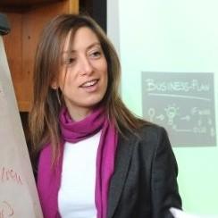 Pilar Manes Gomez